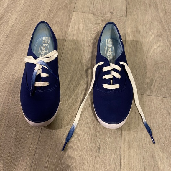 Navy blue Keds brand tennis shoes/sneakers